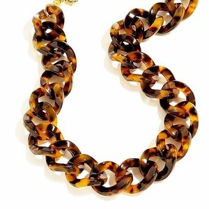 Turtle shell necklace from Show Me Your Mumu